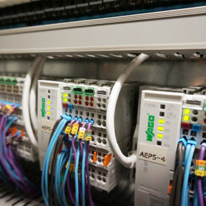 Industrial control system in pharmaceutical plant (pierre75000 cc by sa 4 0 wikimedia) fi